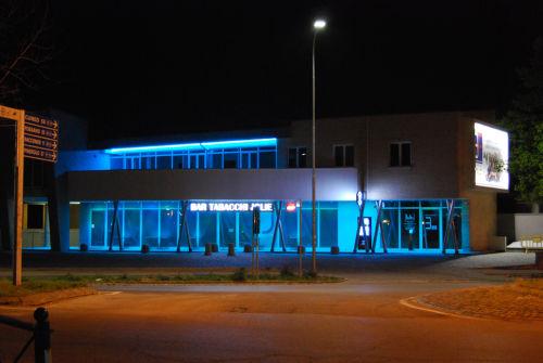 Commercial building · antonio perrone architetto