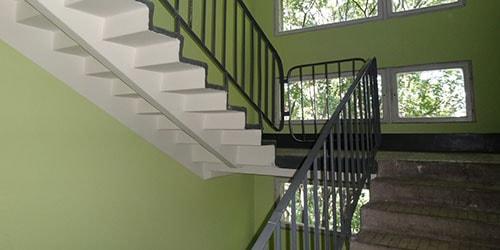 К чему снится лестница в подъезде
