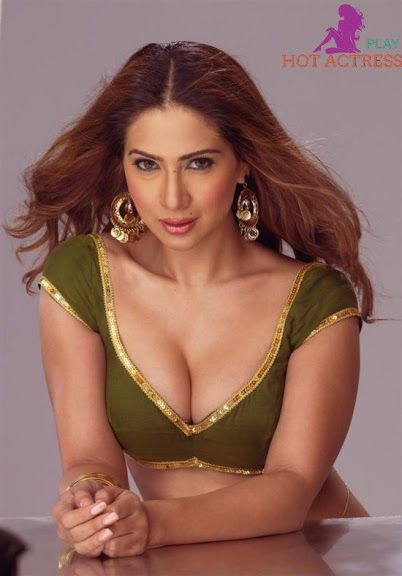 Hot pics of bollywood celebrities
