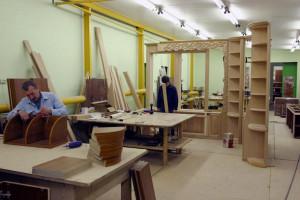 Открываем фирму по производству мебели