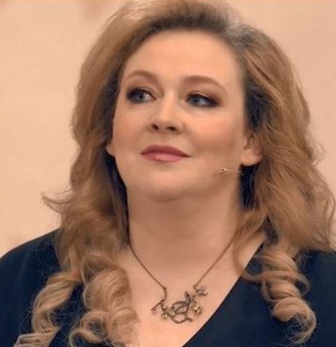 Актриса юлия ауг муж