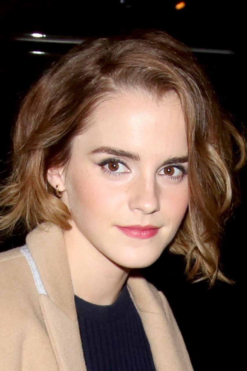 Emma watson new haircut short