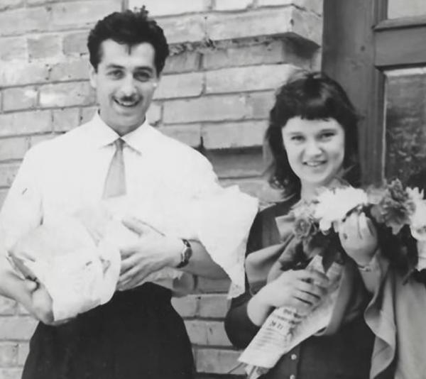 Людмила Гурченко с мужем Борисом Андроникашвили и новорожденной дочерью Марией