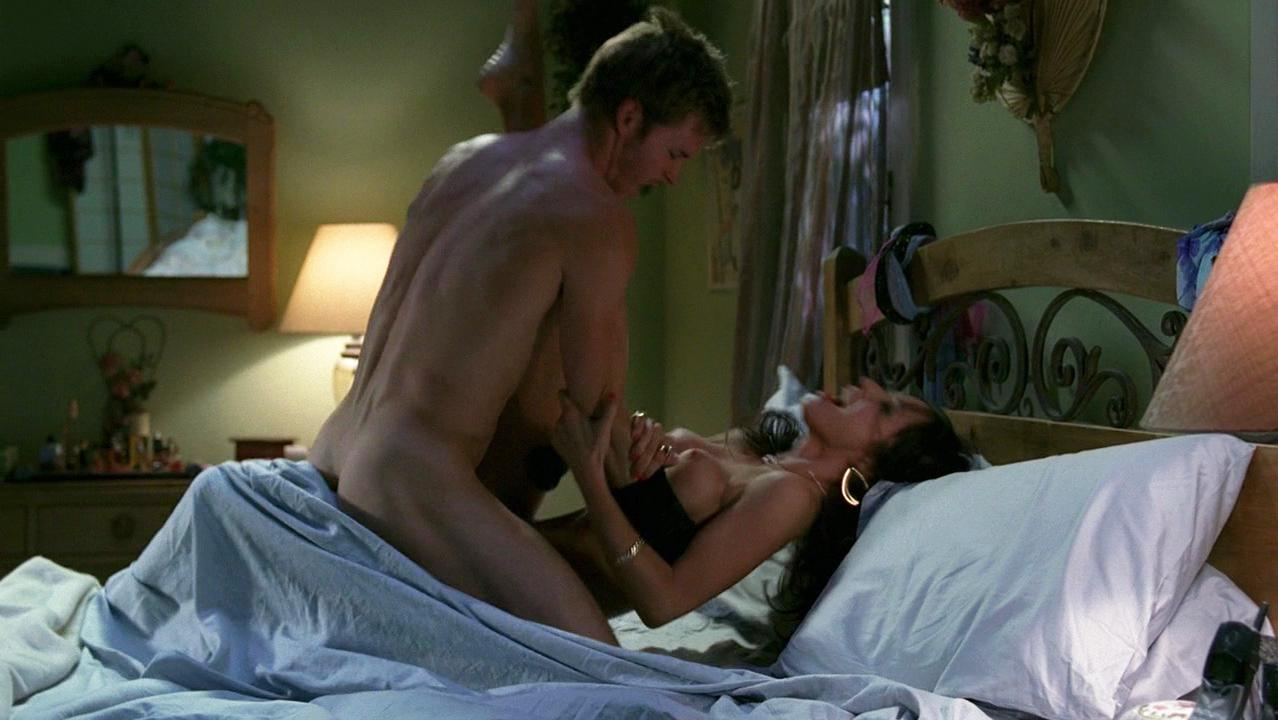Lynn Collins nude - True Blood s01 (2008)