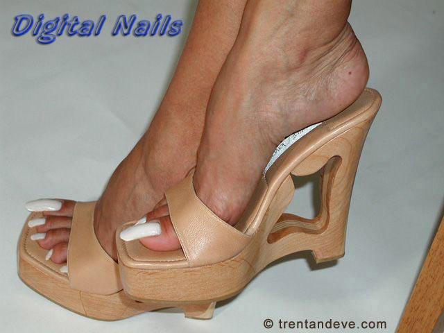 Paula lima toenails