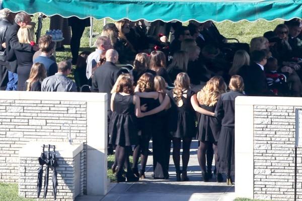 Пола уокер похороны фото