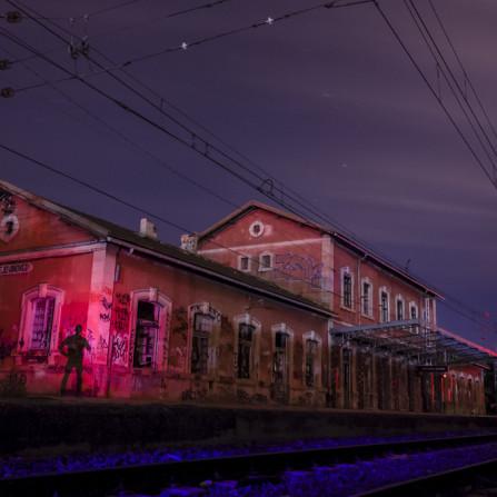 Sombra en la estación