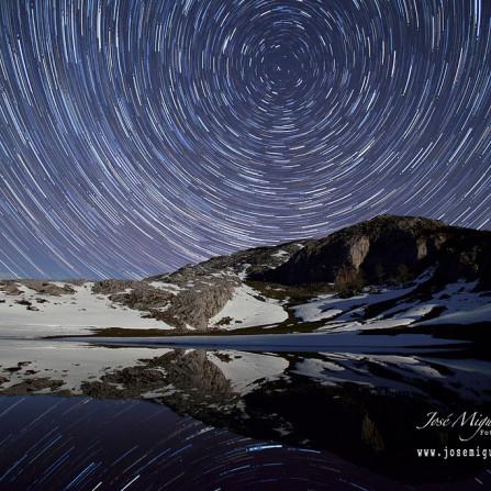 Circumpolar en el tercer lago de Covadonga : El Lago del Bricial