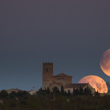 Secuencia lunar durante el eclipse