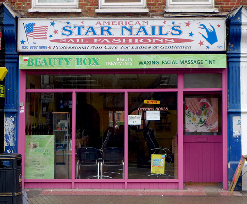 American star nails tooting