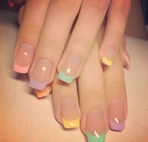 Coloured tips nails