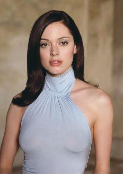 Актриса роуз макгоуэн фото
