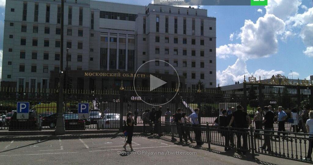 В суде в москве перестрелка