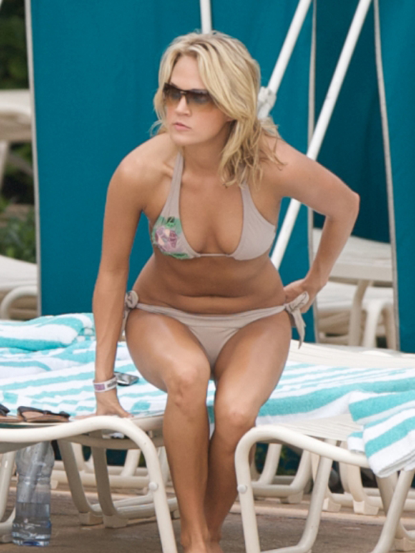 Carrie Underwood sexiest pictures from her hottest photo shoots. (20)