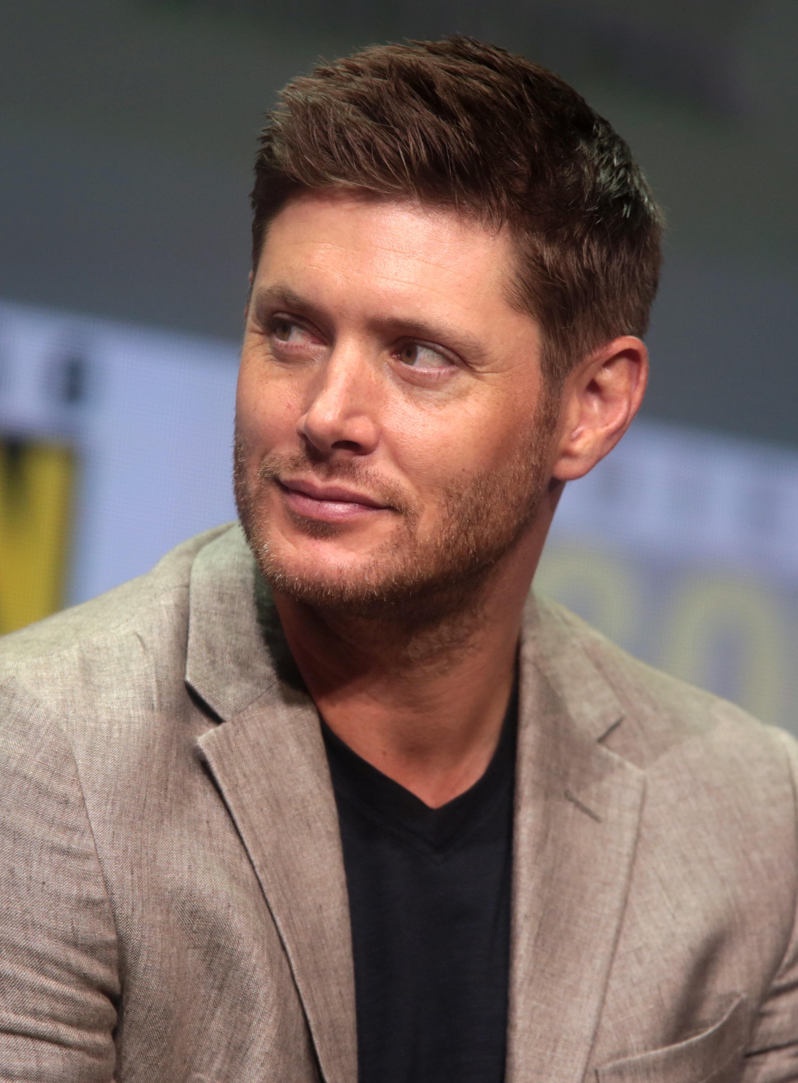 Jensen ackles feet