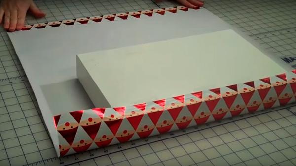 ypakovka-podarka-v-bumagy-3