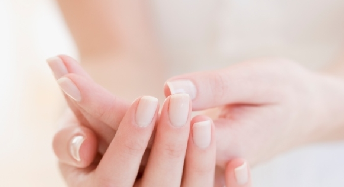 Bebe nails mentone