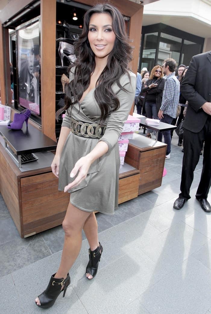 Kim kardashian shoe club reviews