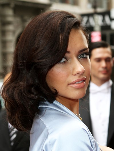 Hottest brunette celebrities