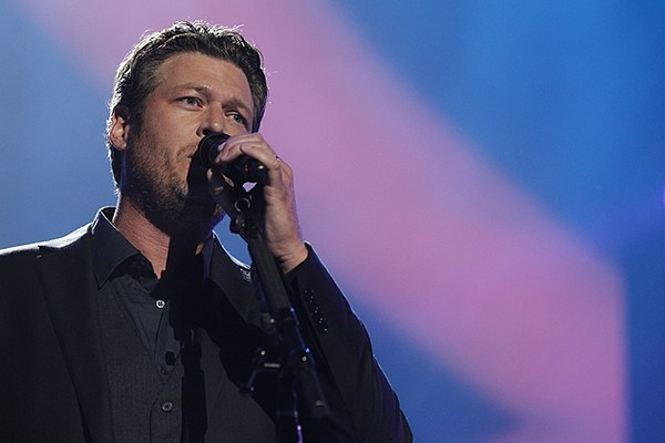 Blake shelton song list 2013 tour