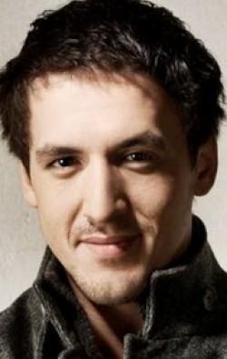 В главной роли Актер, Актер дубляжа Артур Смольянинов, фильмографию смотреть .