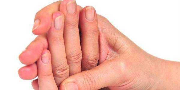 Причини судоми правої руки