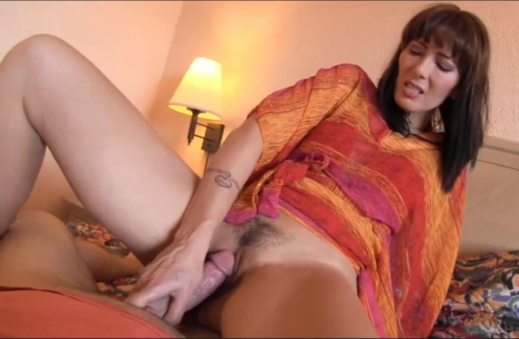 Порно зоя холлоуэй