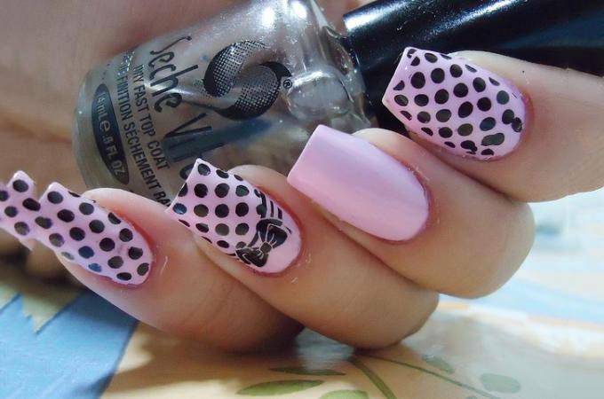 Nail design for acrylic nails