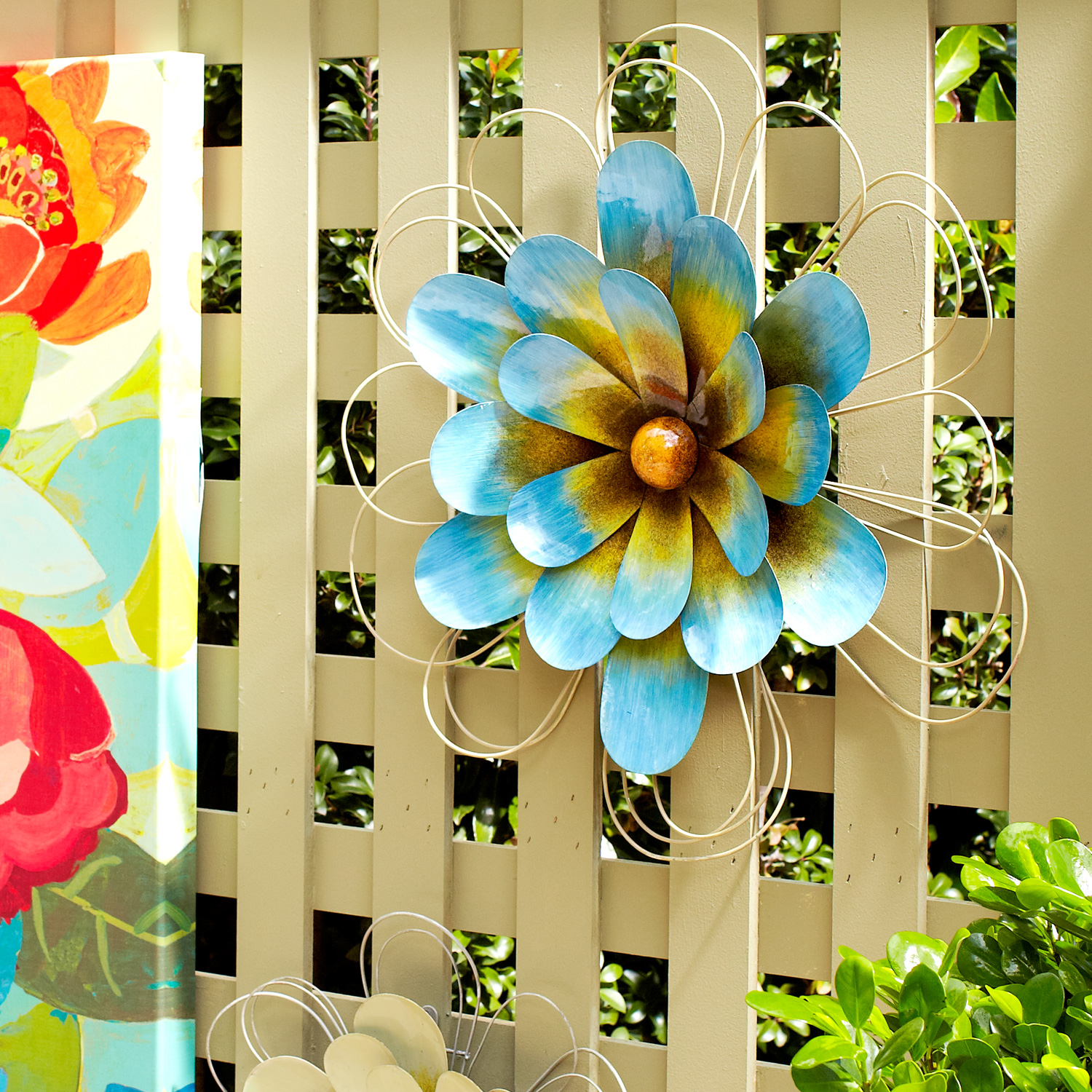 variation thumbnail of Blue Wall Flower