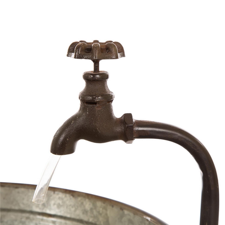 Farmhouse Basin Outdoor Water Fountain