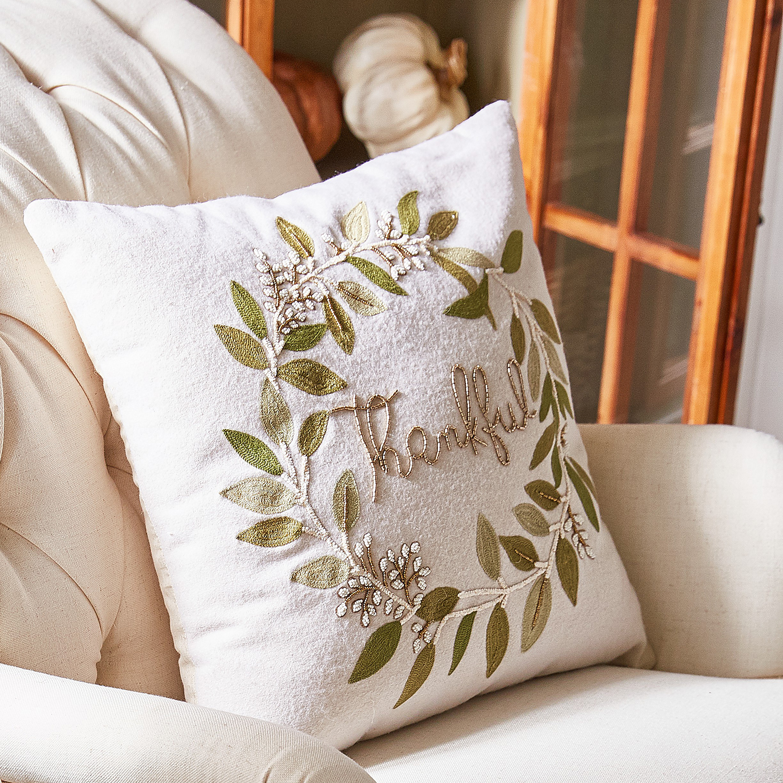 Thankful Wreath Pillow