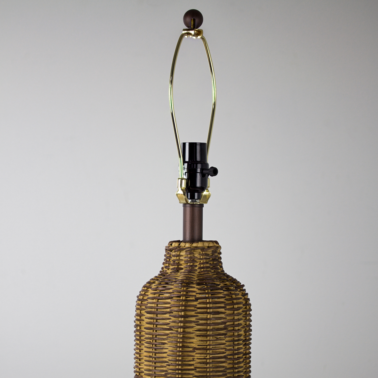 Wicker Table Lamp & Shade