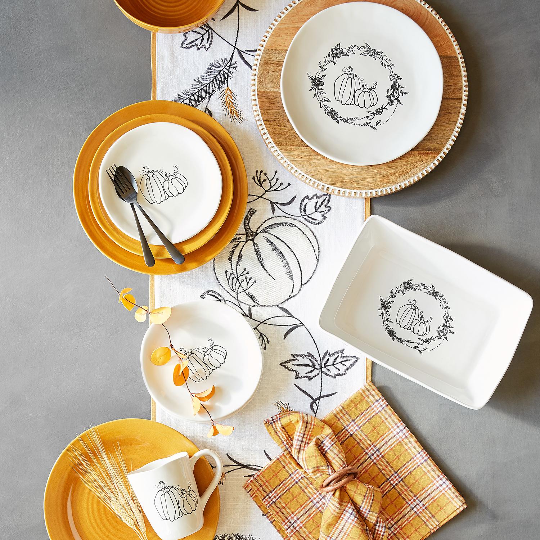 """72"""" Sketch Pumpkins Table Runner with Fringe"""