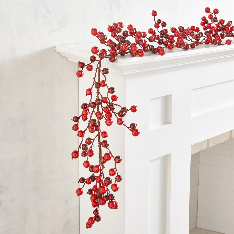 Glittered Berries Red 6' Garland