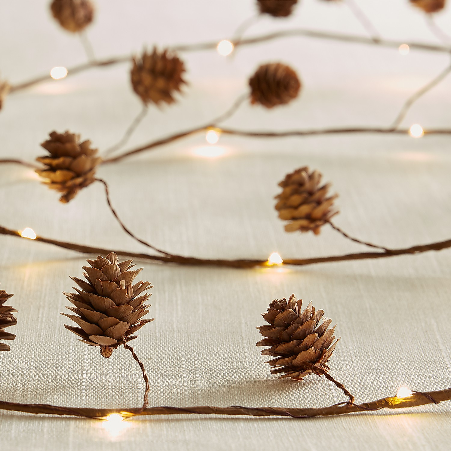 Pinecone 10' LED Glimmer Strings®