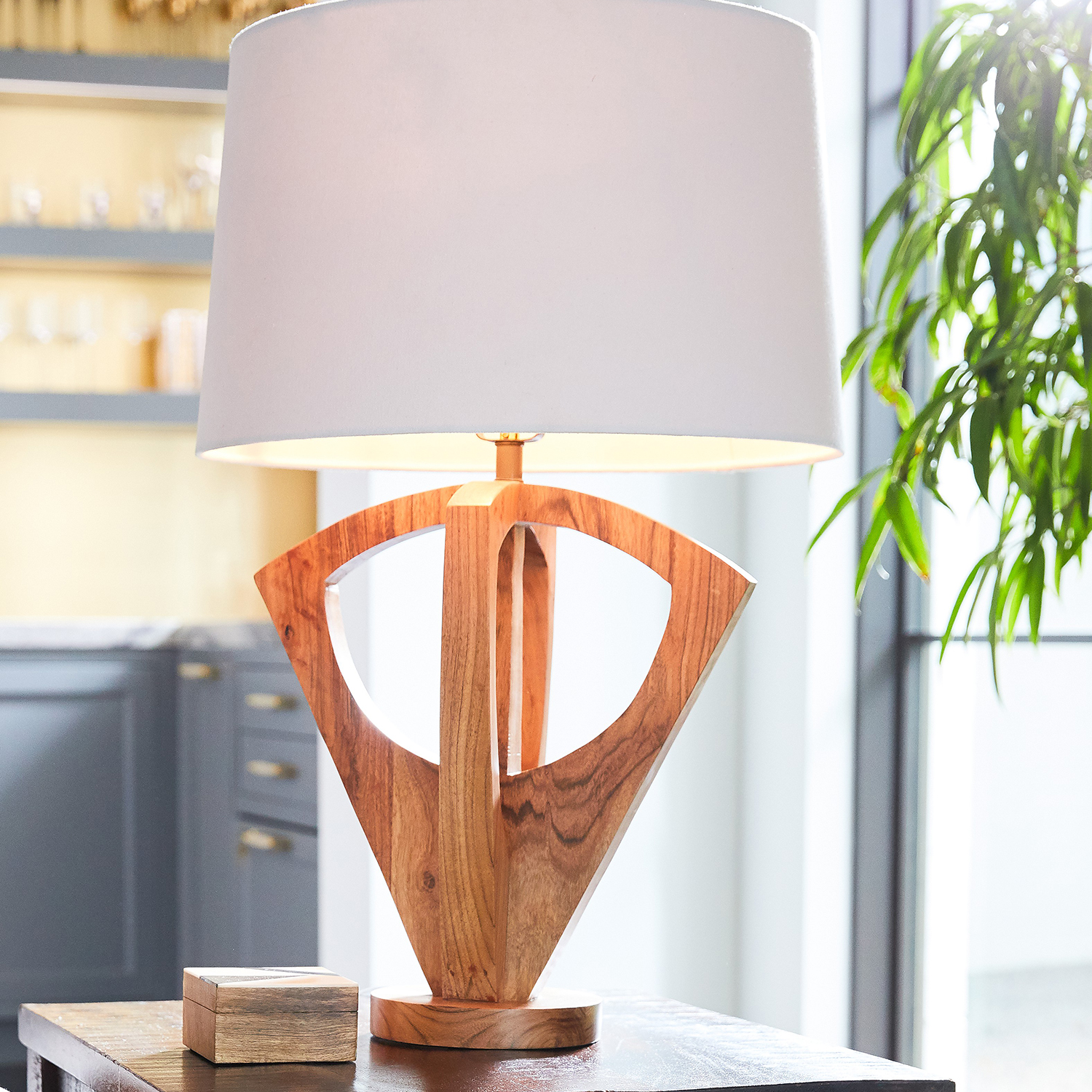 Modern Wooden Table Lamp