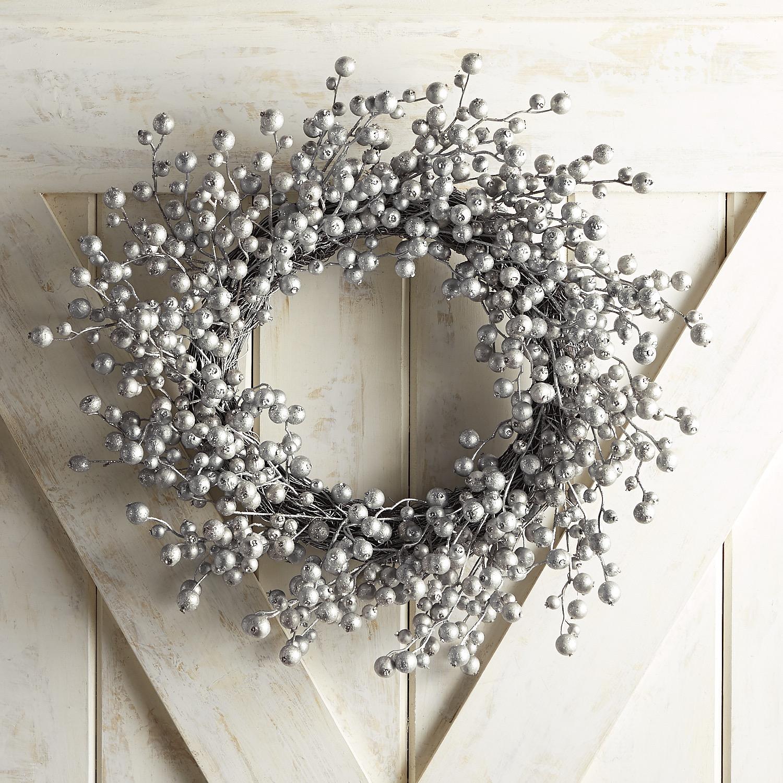 "Silver Glitter Berry 21"" Wreath"