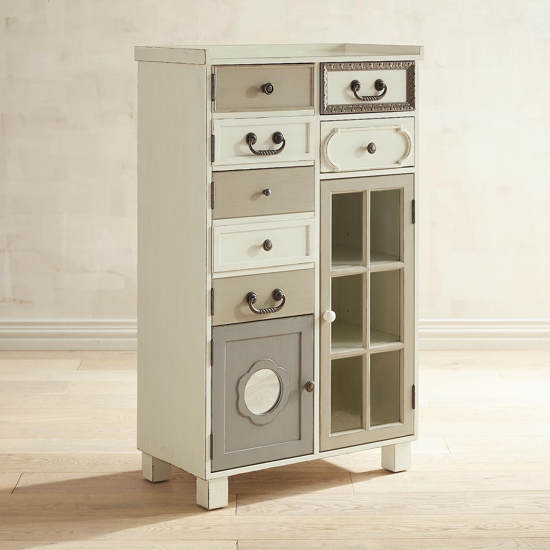Sharelle Cabinet