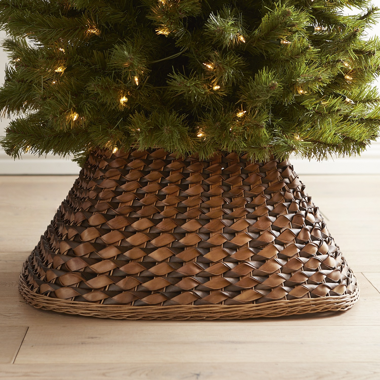 Brown Woven Tree Collar