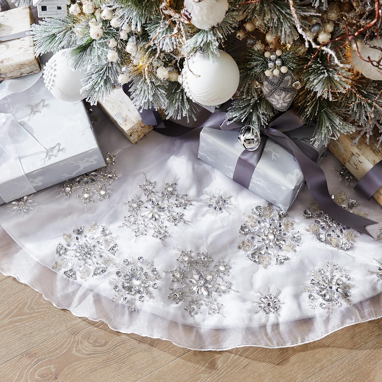 Beaded Overlay Snowflake Tree Skirt