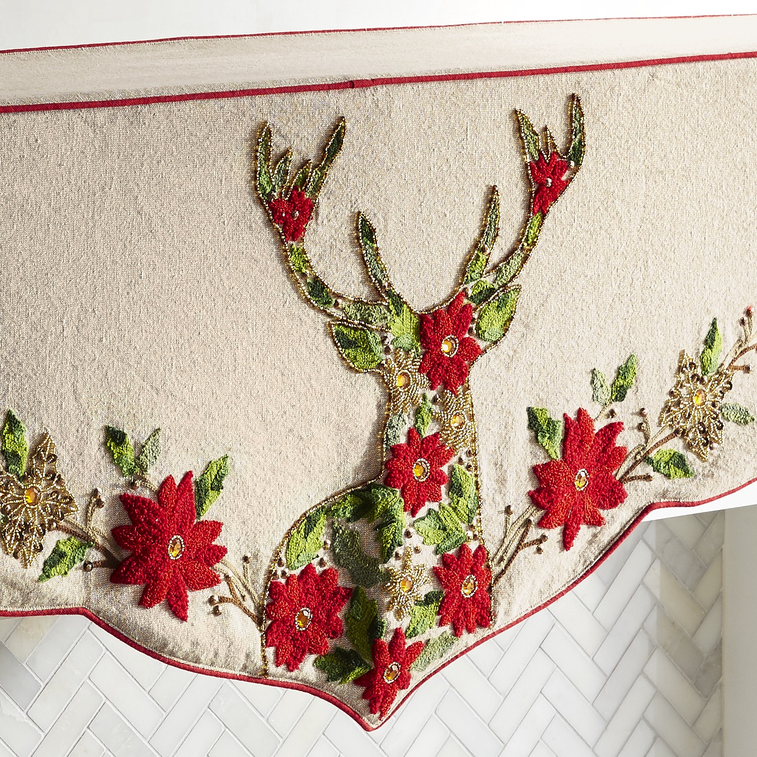 variation thumbnail of Floral Deer Head Mantel Scarf