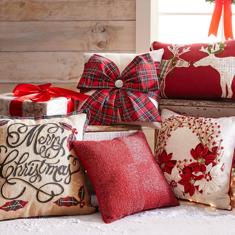 Poinsettia Wreath Pillow