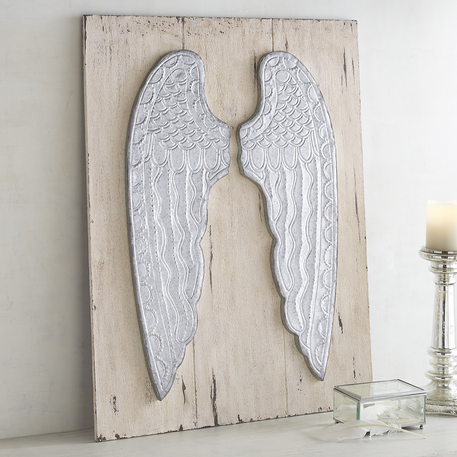 Vintage-Style Angel Wings Wall Decor