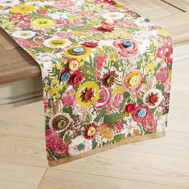 Bountiful Blooms Table Runner