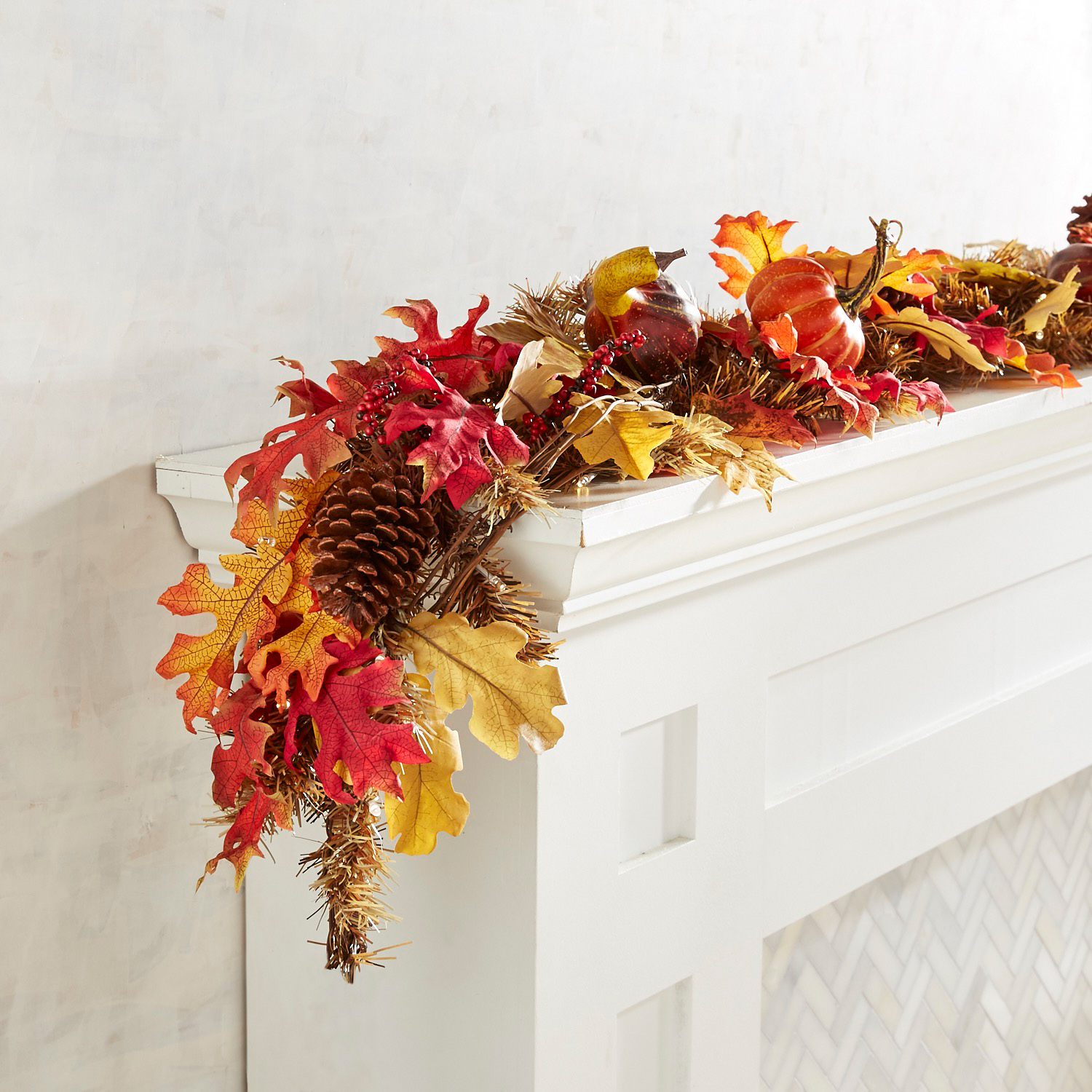 Faux Maple Leaves LED Pre-Lit 6' Garland