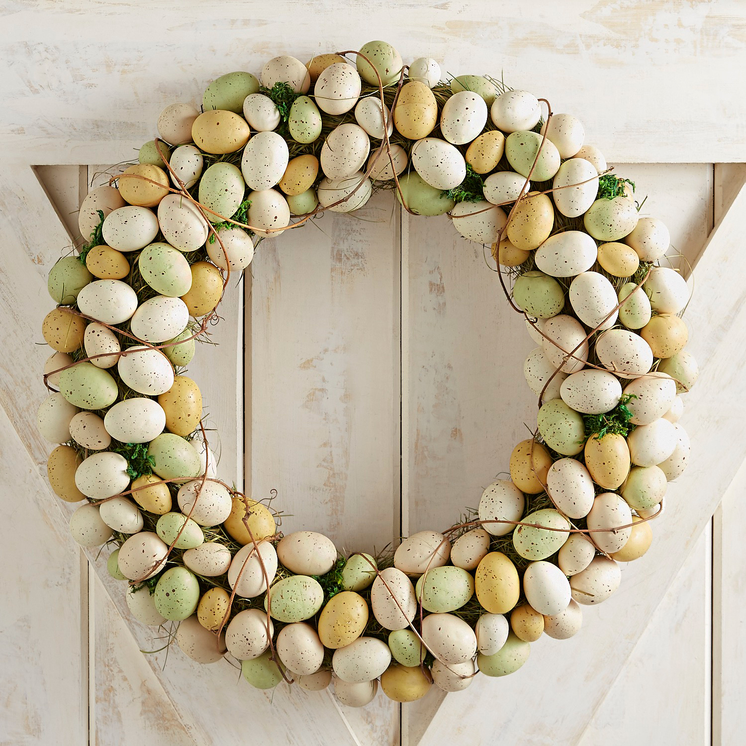 "Green & Natural Egg 23"" Wreath"