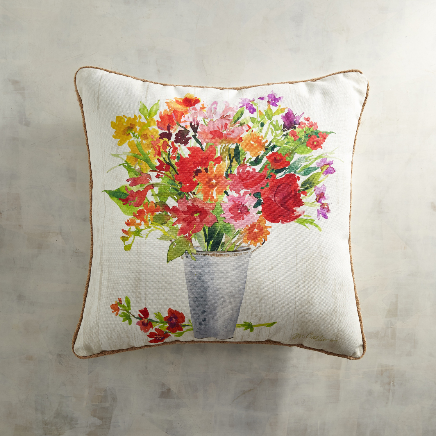 variation thumbnail of Printed Marjorie Floral Vase Pillow