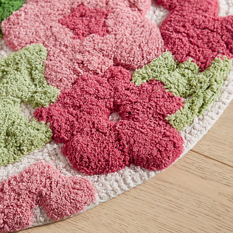 Tufted Flowers Round Bath Rug