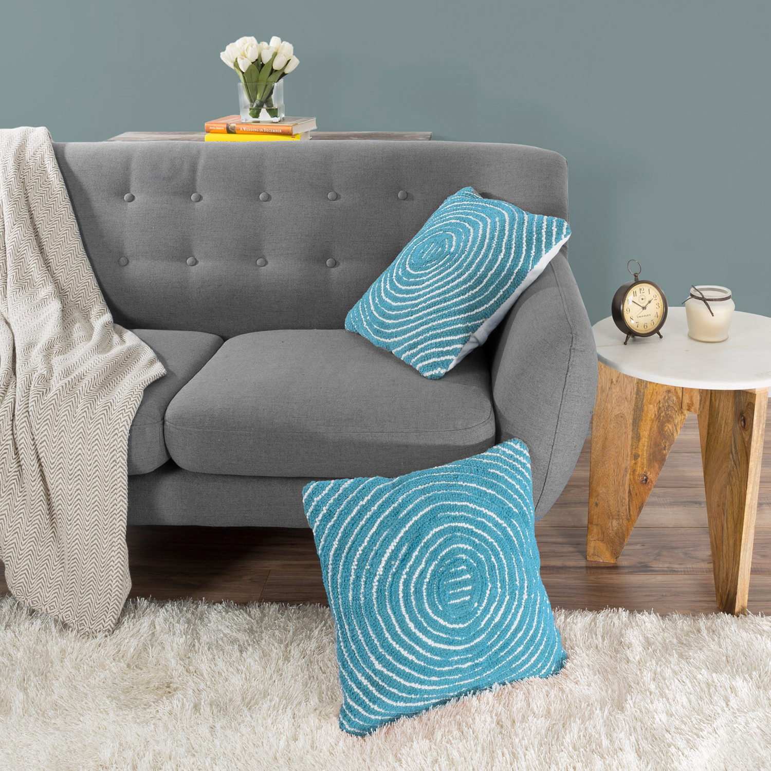 """18"""" Dreamy Blue Modern Concentric Throw Pillow"""