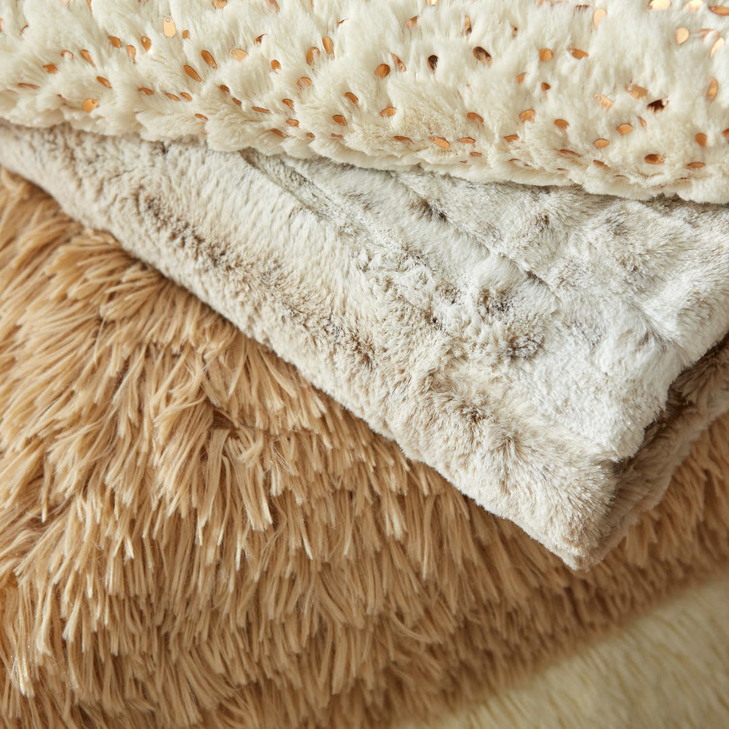 Ivory Faux Fur & Sequined Throw